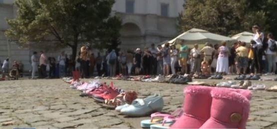 Pentru cei 400 de copii care nu au fost niciodată găsiți! Protest sfâșietor menit să tragă semnalul de alarmă: Unde ne dispar copiii?
