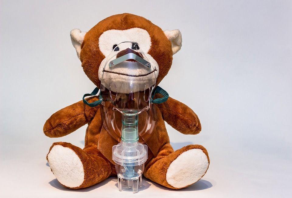 Pediatrul Mihai Craiu avertizează: Este o anomalie românească! Nu faceți niciodată terapie de aerosoli cu aceste substanțe, puneți copilul în pericol