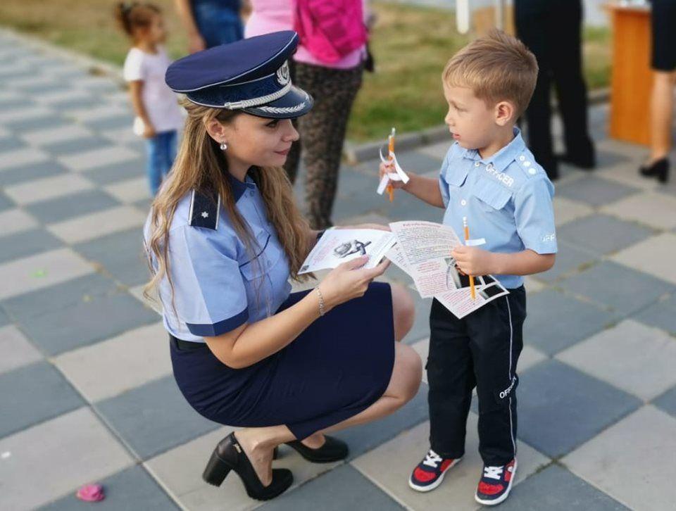 Sfaturile Poliției române pentru toți elevii, la începutul anului școlar. Siguranța copiilor este a noastră, a tuturor
