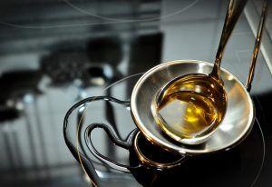 """Cele mai sănătoase tipuri de ulei. Fitoterapeut: Previn îmbătrânirea celulară, stimulează sistemul imunitar şi asigură dezvoltarea nervilor"""""""