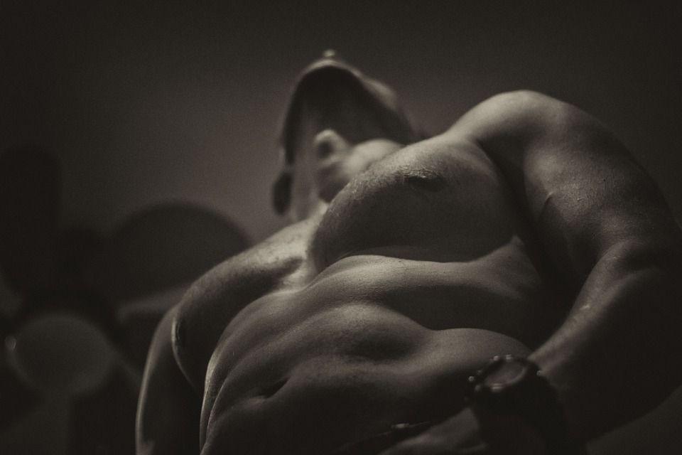 Cele șase trucuri ale bărbaților care rezistă foarte mult în timpul partidelor de amor
