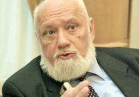 Gelu Voican Voiculescu, mire la 78 de ani, după doar un an de văduvie! Aleasa sa este mai tânără cu 41 de ani
