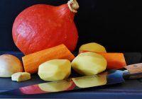 Cea mai ieftină legumă face minuni pentru piele. Elimină ridurile, vindecă acneea și previne îmbătrânirea prematură