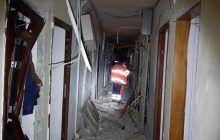 Explozie puternică într-un bloc de locuințe. Răniții au fost duși la spital