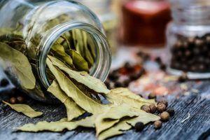 Frunzele miraculoase cu beneficii uimitoare! Scad colesterolul și glicemia, sunt antiinflamatoare