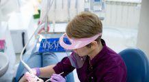 Principalele alimente care afectează sănătatea dentară! Atenție, incidența cariilor dentare crește în perioada sărbătorilor