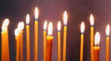 """Ritualul aprinderii celor 33 de lumânări. Preot: """"Se tămăduiesc de diferite boli trupești și sufletești și li se împlinesc  rugăciunile"""""""