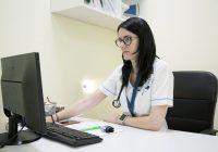 Consultații online gratuite pentru cardiaci. La ce trebuie să fie atenți bolnavii de inimă în timpul epidemiei de coronavirus