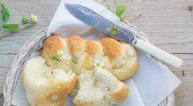 Paine de casa, una dintre cele mai delicioase retete! In mai putin de o ora iese proaspata si fierbinte din cuptor