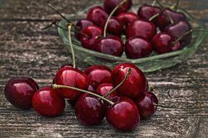 Alimentele care te ajută să elimini acidul uric în exces
